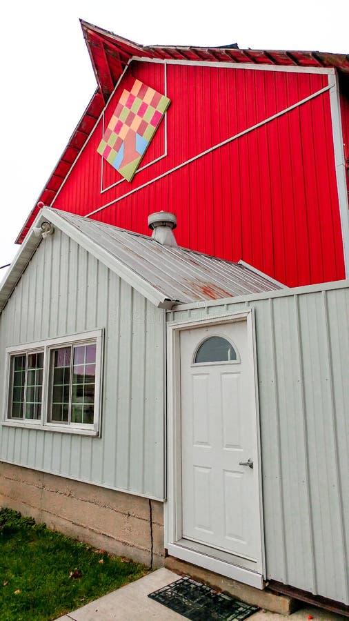 Ladugård för Apple ladugårdtäcke i Elkhorn, Wisconsin royaltyfria foton