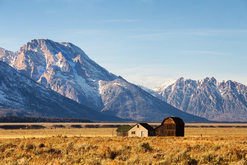 Ladugård i den storslagna Teton nationalparken, Wyoming arkivbilder