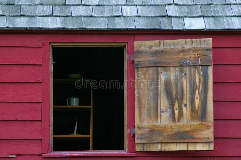 Ladugårdfönster royaltyfri bild
