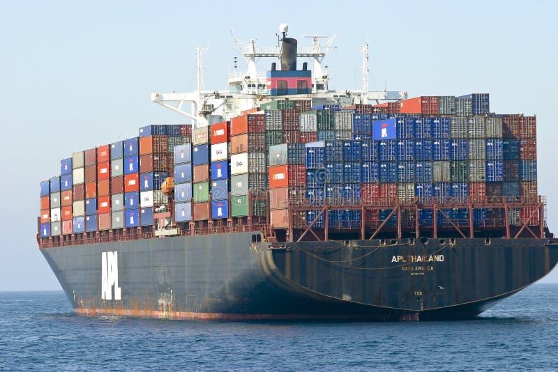 Ladung-Containerschiff lizenzfreie stockfotografie
