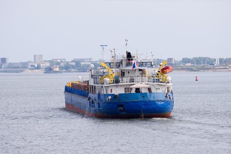 Ladungboot lizenzfreie stockfotografie