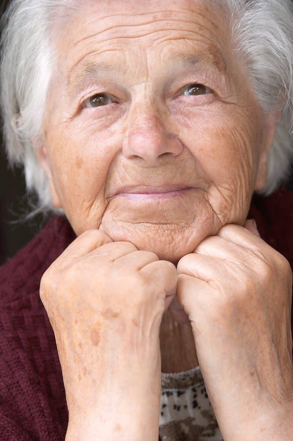 ladypensionär royaltyfri foto