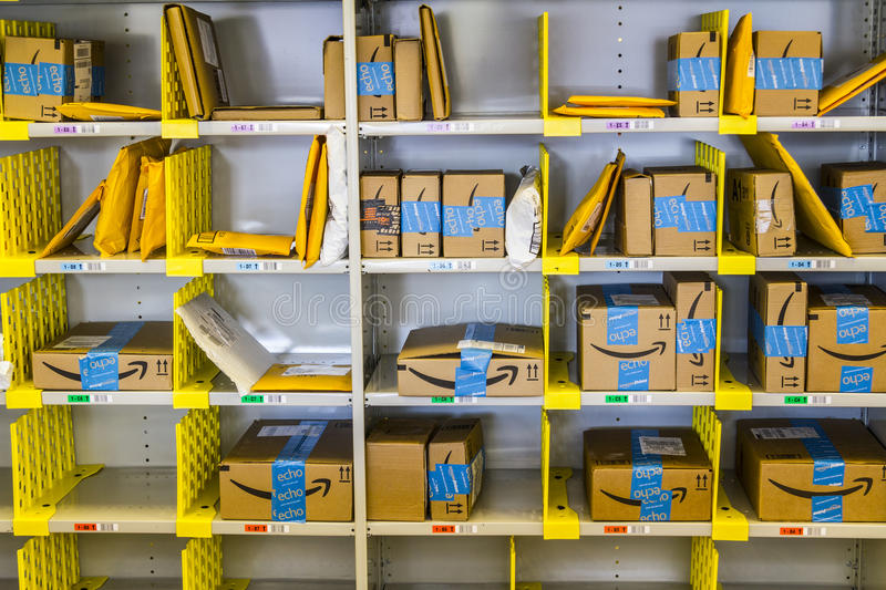Lafayette - Circa February 2017: Amazon Store at Purdue. A brick-and-mortar store customers can receive products from Amazon.com V stock image