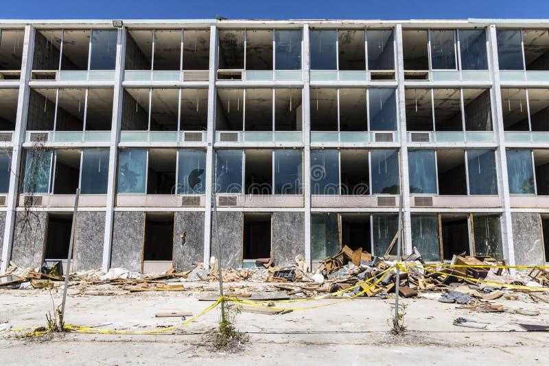 Lafayette - circa giugno 2017: La proprietà di hotel, i vandali ed i ladri abbandonati hanno rubato molte delle televisioni e del fotografia stock libera da diritti
