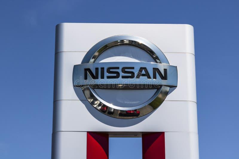 Lafayette - Circa Juni 2017: Logo och Signage av en Nissan Car och en SUV återförsäljare Nissan är delen av RenaultNissanen Allia arkivfoto