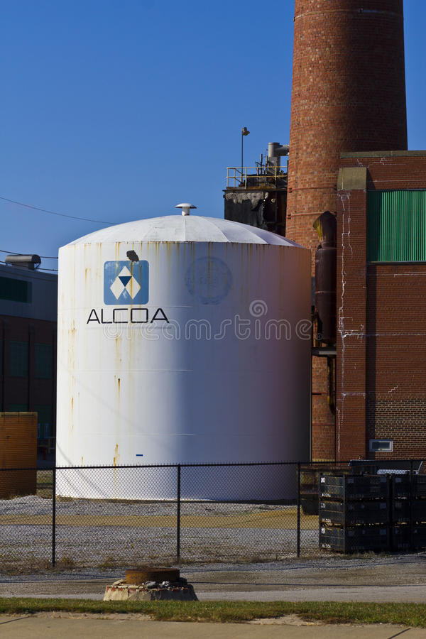 Lafayette, DEDANS - vers en novembre 2015 : Alcoa a incorporé la pièce forgéee et l'usine d'extrusion image stock