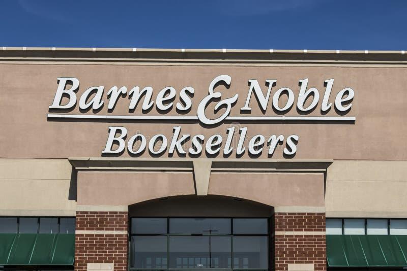 Lafayette - vers en avril 2017 : Emplacement de vente au détail de Barnes & Noble Barnes & Noble est un principal détaillant de c photos libres de droits
