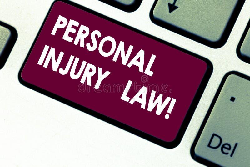 Lag för personskada för handskrifttexthandstil Begrepp som i fall att betyder garanti dina rätter av fara- eller risktangentborde royaltyfria bilder