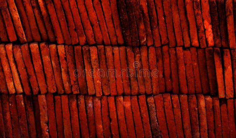 Lagen van de rode textuur van terracottategels stock afbeelding