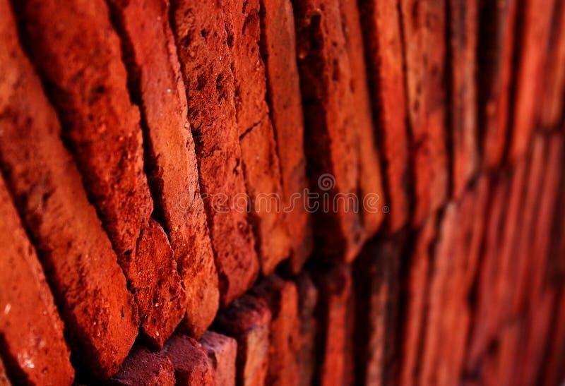 Lagen van rode de close-upfoto van terracottategels stock fotografie