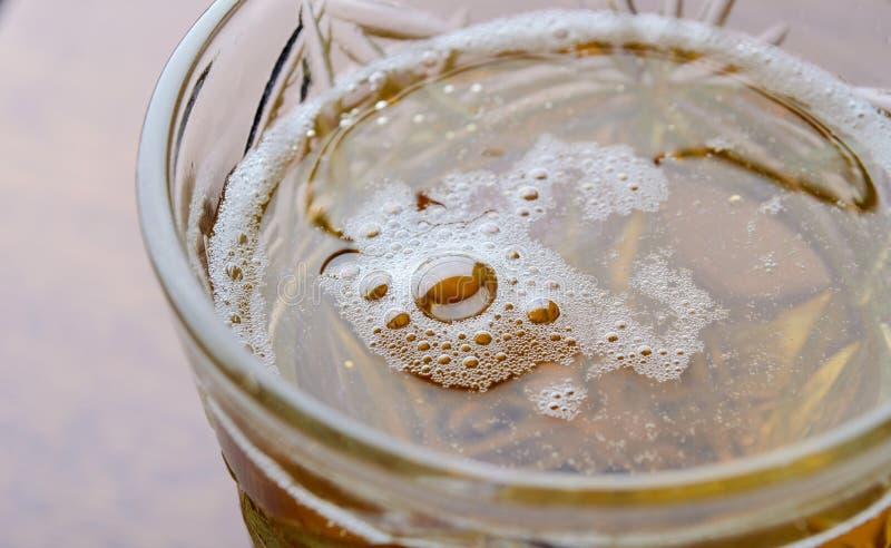 lager пива свежий стеклянный стоковые изображения rf