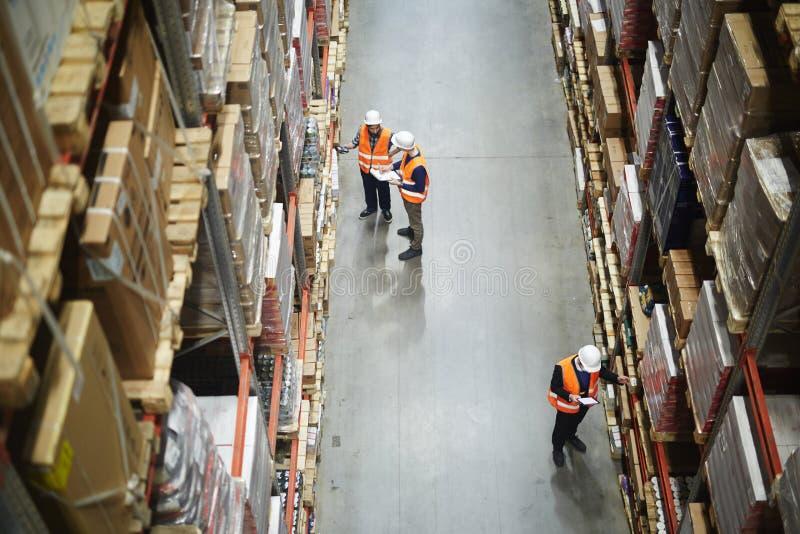 Lager-Arbeitskraft-Bestandaufnahme lizenzfreies stockfoto