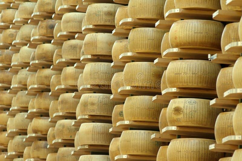 Lager av hjul av ost fotografering för bildbyråer