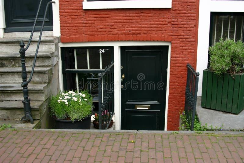 Lager niveau van het huis van Amsterdam stock fotografie