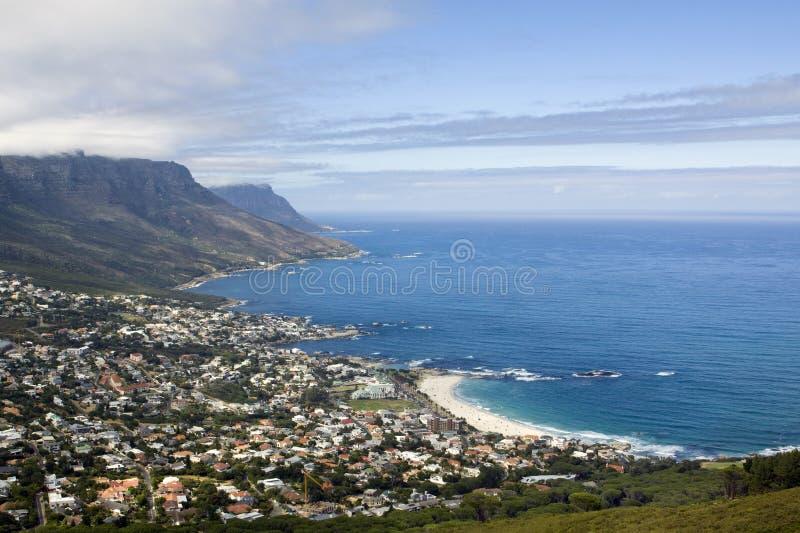 Lager-Schacht-Strand nahe Kapstadt lizenzfreie stockfotos