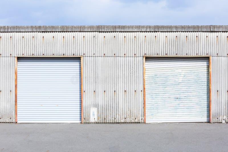 Lager-Tür lizenzfreies stockfoto