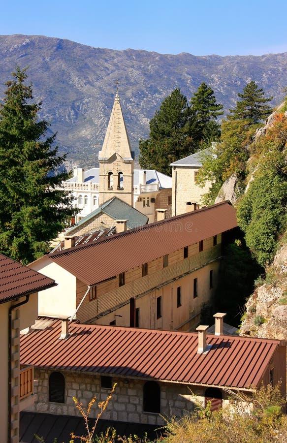 Lagere kerk van Ostrog-Klooster, Montenegro royalty-vrije stock foto's