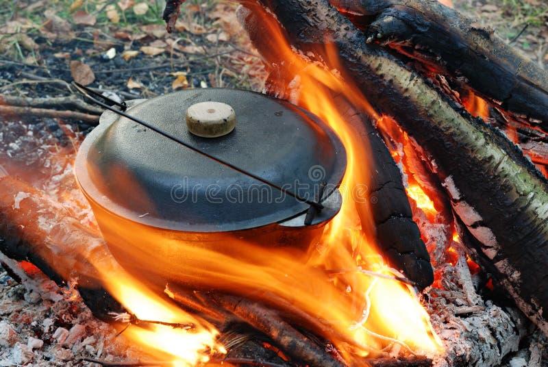 Lagerfeuer und -potentiometer stockbilder