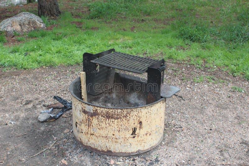 Lagerplatzfeuergrube lizenzfreies stockfoto