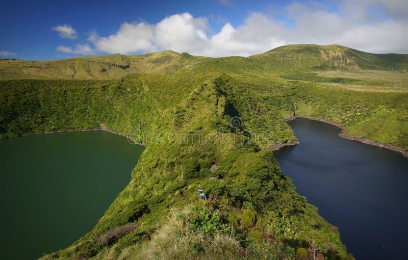 Laghi in crateri vulcanici sull'isola del Flores, Azzorre immagini stock libere da diritti