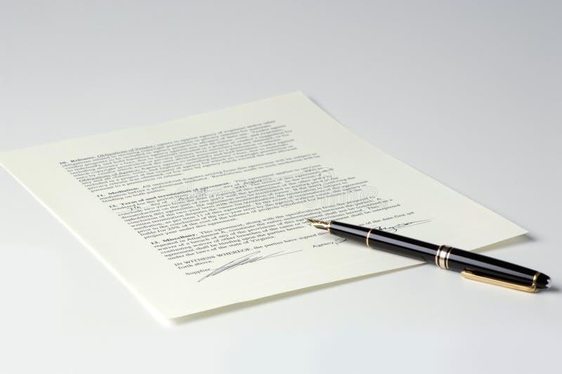 lagligt överenskommelseavtal arkivbild