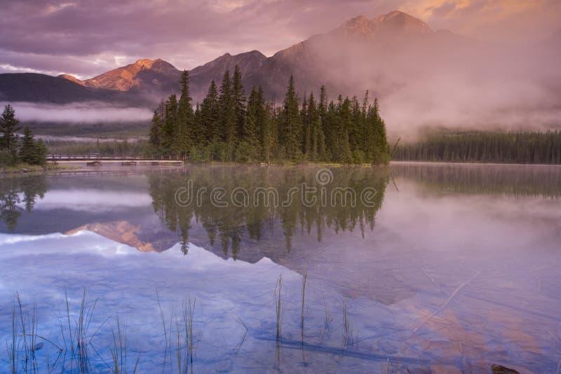 Lago 5 pyramid foto de archivo