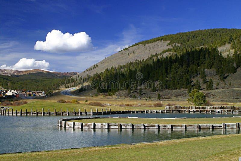 Download Lago imagem de stock. Imagem de paisagem, azul, montanha - 54617