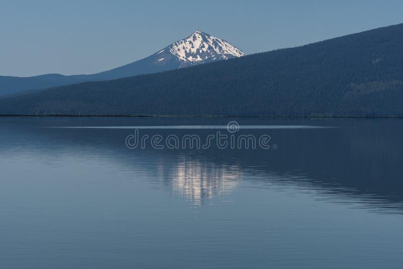 Lago agency en Oregon meridional cerca de las caídas de Klamath fotografía de archivo