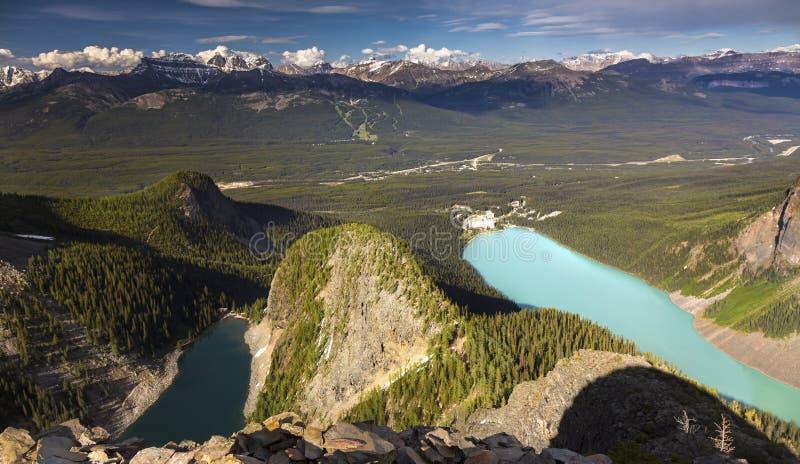 Lago Agnes e Lake Louise do polegar dos diabos imagem de stock royalty free