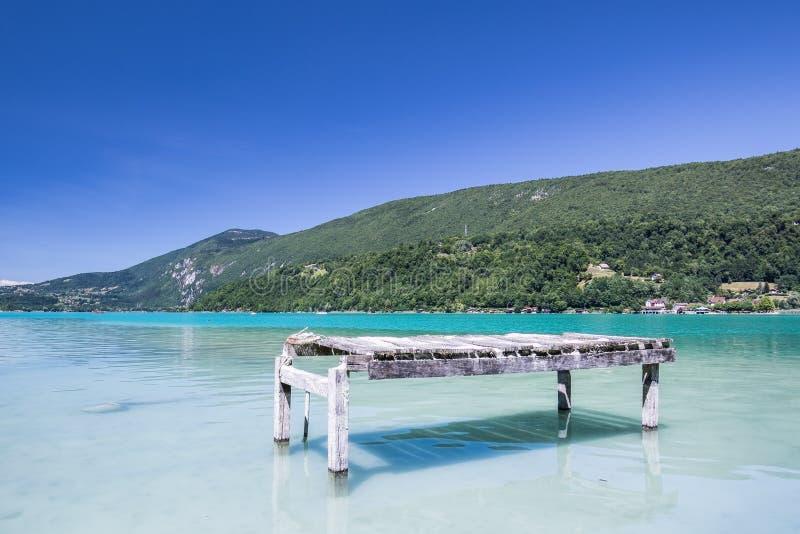 Lago Aiguebelette fotos de stock royalty free