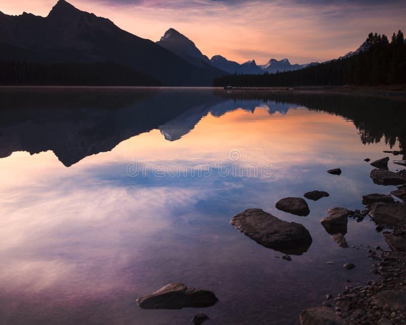 Lago in Alberta Canada immagine stock
