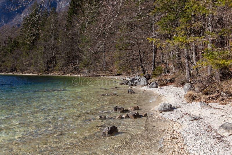 Lago alpino immagini stock