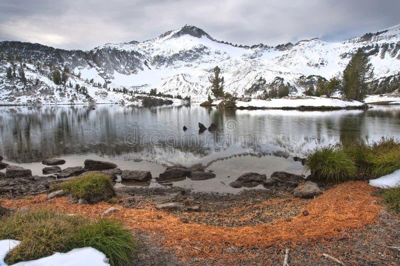 Lago alpino, montagne di Wallowa, Oregon fotografia stock