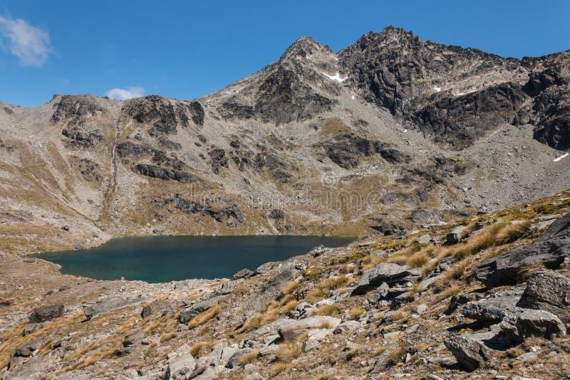Lago Alta in alpi del sud immagine stock