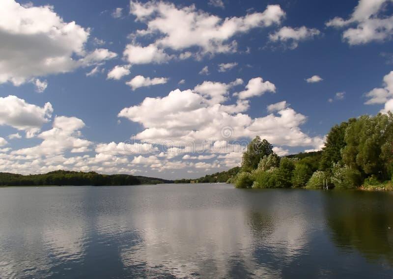 Lago & Céu Fotografia de Stock Royalty Free