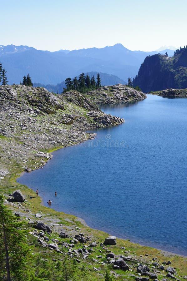 Lago Ann nos vulcões da escala da cascata imagem de stock royalty free