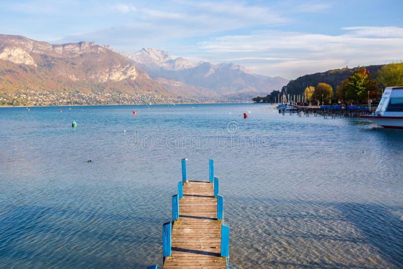 Lago Annecy em Fran?a foto de stock