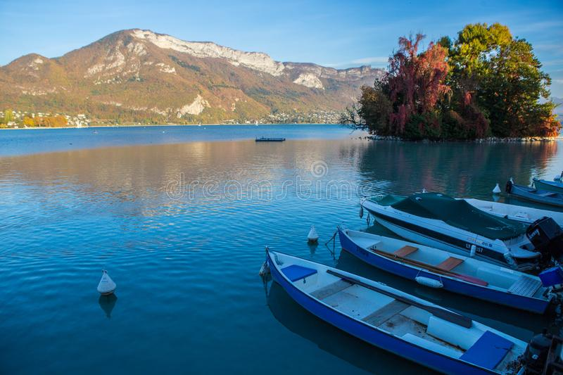 Lago Annecy em Fran?a imagens de stock royalty free