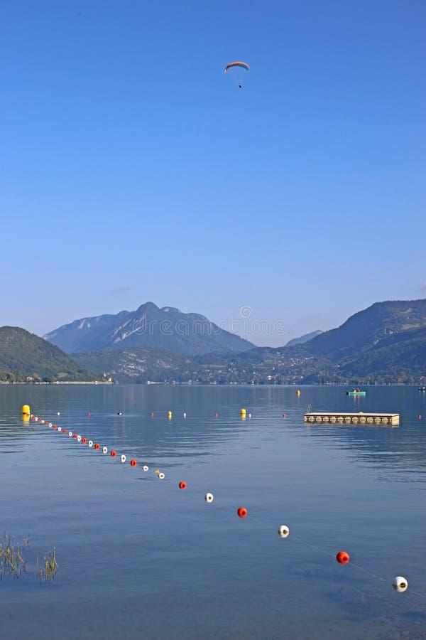 Lago Annecy, Francia imagen de archivo