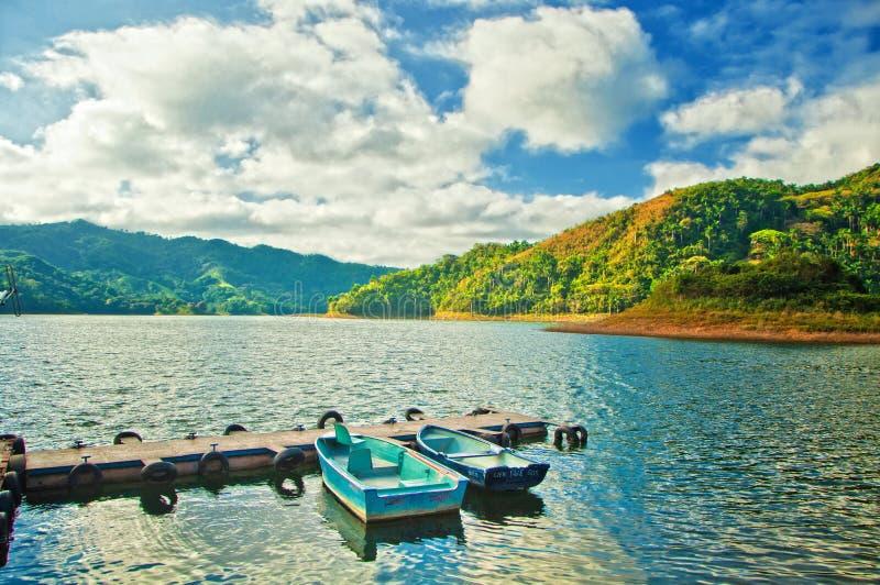Lago artificial Hanabanilla na casa de campo Clara, Cuba imagem de stock royalty free