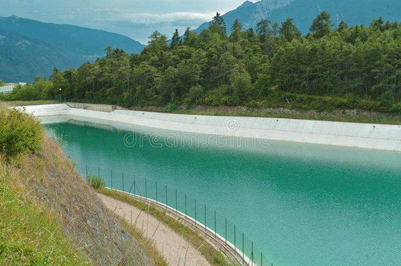 Lago artificiale immagini stock libere da diritti