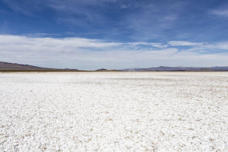 Lago asciutto piano salt del deserto del Mojave fotografie stock libere da diritti