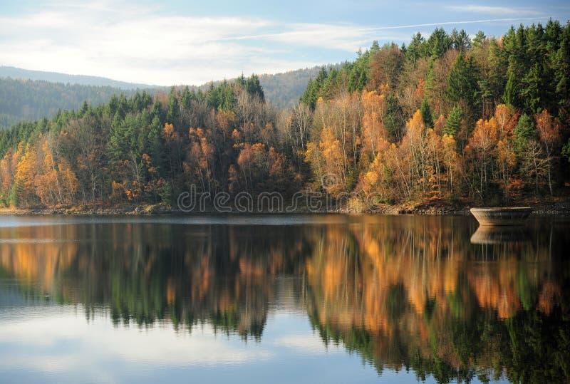 Lago autumn fotografía de archivo