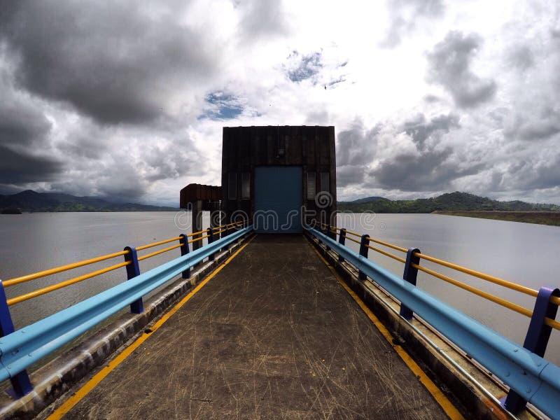 lago Azul-amarelo foto de stock royalty free