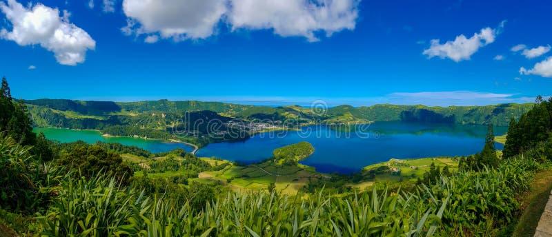 Lago Azul sul sao Miguel Azores del islnad immagini stock libere da diritti