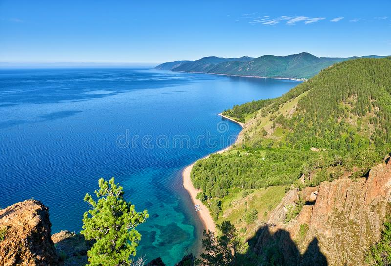 Lago Baikal Vista do penhasco fotos de stock royalty free