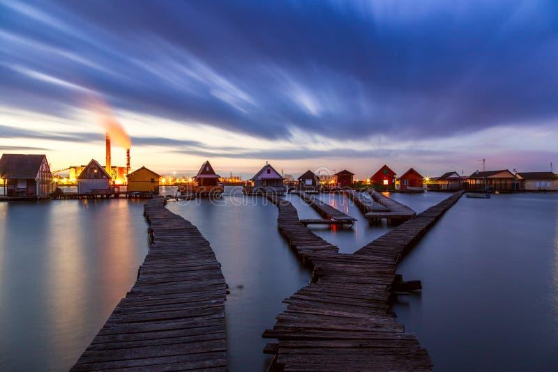 Lago Bokod sunset imagens de stock