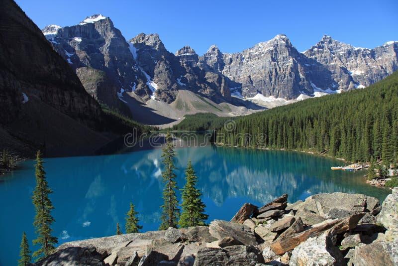 Lago bonito moraine imagens de stock