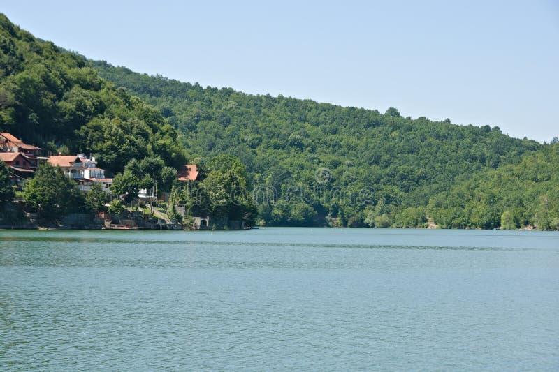 Lago Bovan, lugar para férias na Sérvia fotos de stock royalty free