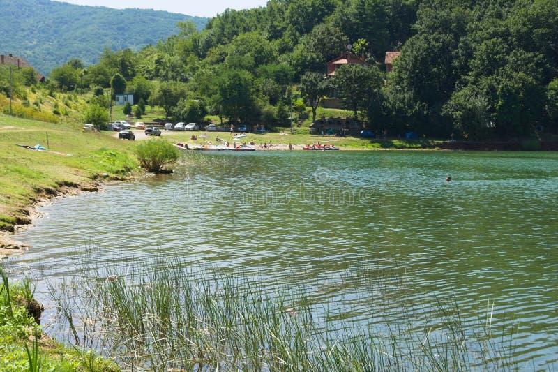 Lago Bovan, lugar para férias na Sérvia imagem de stock